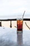 Drinkwater om verfrist te voelen stock afbeeldingen