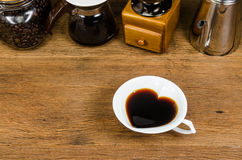 drip coffee tools and coffee bean Royalty Free Stock Photography