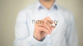 Drittpartei, Mann-Schreiben auf transparentem Schirm Stockbild