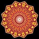Driva mandalaen, stjärnaform i rött, apelsinen och guling på svart bakgrund, ett hjälpmedel till meditationen Fotografering för Bildbyråer