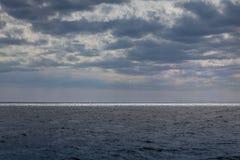 driva som fiskar medelhavs- netto havstonfisk Royaltyfri Foto