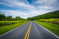 Drive οριζόντων στο λαγωνικό Gap, στο εθνικό πάρκο Shenandoah, Virgin Στοκ Εικόνες