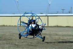 driven paraglider arkivfoton