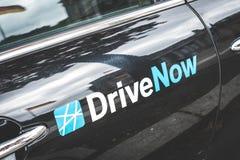 DriveNow logo na samochodowym drzwi w Berlin Zdjęcie Royalty Free