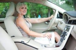 Driver della donna Fotografie Stock Libere da Diritti