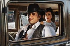Driver Sneering del gangster degli anni 20 Fotografia Stock