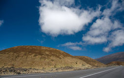 Driving on highway 200 through Mauna Kea hills to Hilo Stock Photography