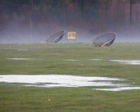 Driving-Range im falschen Wetter Stockfotos