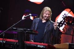 Drobysh führt am Klavier auf Stadium während des Jahr-Geburtstagskonzerts Viktor Drobyshs 50. bei Barclay Center durch Lizenzfreies Stockbild