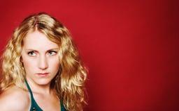 Droevig blond meisje royalty-vrije stock foto