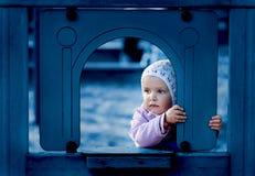 Droevig jong meisje Royalty-vrije Stock Afbeeldingen