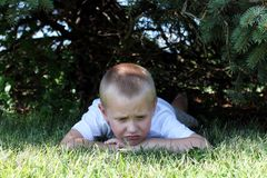 Droevig Little Boy Stock Afbeelding