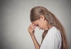 Droevig vermoeid teleurgesteld tienermeisje Stock Foto