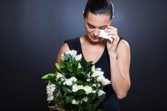 Het droevige vrouw rouwen royalty-vrije stock foto