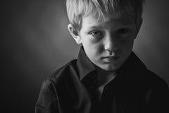 Droevige jongen Royalty-vrije Stock Afbeeldingen