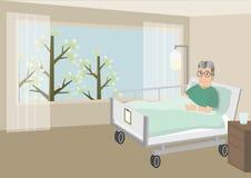 Droevige oude mens die in een het ziekenhuisbed liggen Royalty-vrije Stock Afbeelding