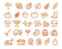 Drog symboler för höst som 30 hand dras med en tuschpenna