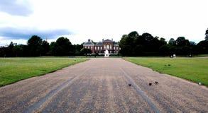droga do pałacu kensington Zdjęcia Royalty Free