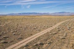 Droga Gruntowa ślad w Suchych równinach Obraz Stock
