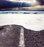 Droga i morze Denny burzy pojęcie Zdjęcie Stock