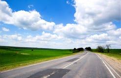 Droga i niebieskie niebo w Odessa Obrazy Royalty Free