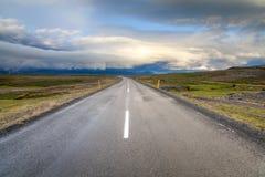 Droga miasteczko Egilsstadir, Wschodni Iceland Obraz Stock