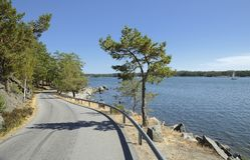 Droga morze Nynäshamn, Szwecja, - fotografia stock