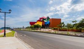 Droga na grobli w Panamskim mieście Fotografia Stock