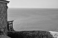 Droga prowadzi morze Zdjęcie Stock