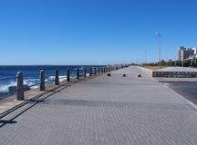 Droga przemian obok morza w Południowa Afryka Zdjęcia Stock