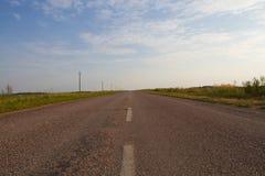 Droga rozciąga w odległość Obrazy Stock