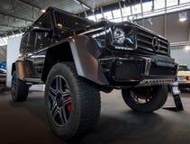 Droga samochodowy Mercedes-Benz G500 4x4 2 Zdjęcia Royalty Free