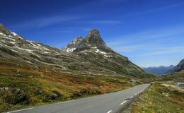 Droga w górach Zdjęcia Royalty Free