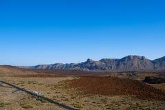 Droga w pustynia krajobrazu dolinie na Pico Del Teide, Tenerife Fotografia Stock