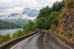 Droga w Tuscany po deszczu obrazy royalty free