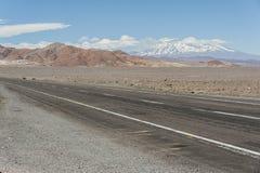 Droga w zwrotniku Capricorn, Atacama pustynia, Chile Zdjęcie Stock