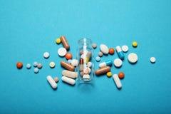 Drogas da farm?cia da prescri??o Overdose antibi?tica Fundo da medicina imagem de stock royalty free