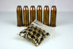 Drogas e Bullets-2 Imagens de Stock Royalty Free
