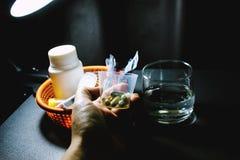 Drogas e comprimidos Fotografia de Stock