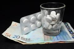 Drogas e dinheiro Fotos de Stock Royalty Free