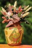 Droge bloemen in een pot Stock Afbeelding