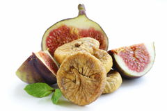 Droge fig. en vers fruit Royalty-vrije Stock Fotografie