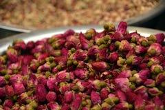 Droge Gehele Rosebuds voor Theeën, Smaakstof en Aromatherapy Royalty-vrije Stock Fotografie
