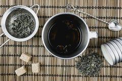 Droge groene thee Voorwerpen voor thee Royalty-vrije Stock Foto