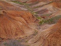 Droge kreken en rivierbedden dichtbij La Oliva op Fuerteventura stock afbeelding
