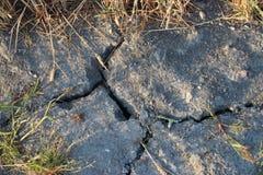Droge modder op de landbouwbedrijven in Nederland toe te schrijven aan de droogte van de zomer van 2018 in Nederland royalty-vrije stock afbeeldingen