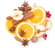 Droge oranje en andere vruchten op een witte achtergrond Stock Foto's