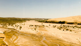 Droge rivier in de woestijn Stock Fotografie