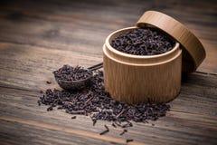 Droge thee in een doos Royalty-vrije Stock Afbeelding