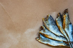 Droge vissen - heerlijke snack met bier Stock Afbeelding